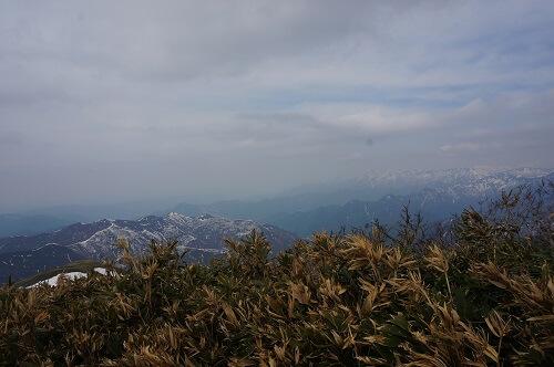 平標山山頂景色