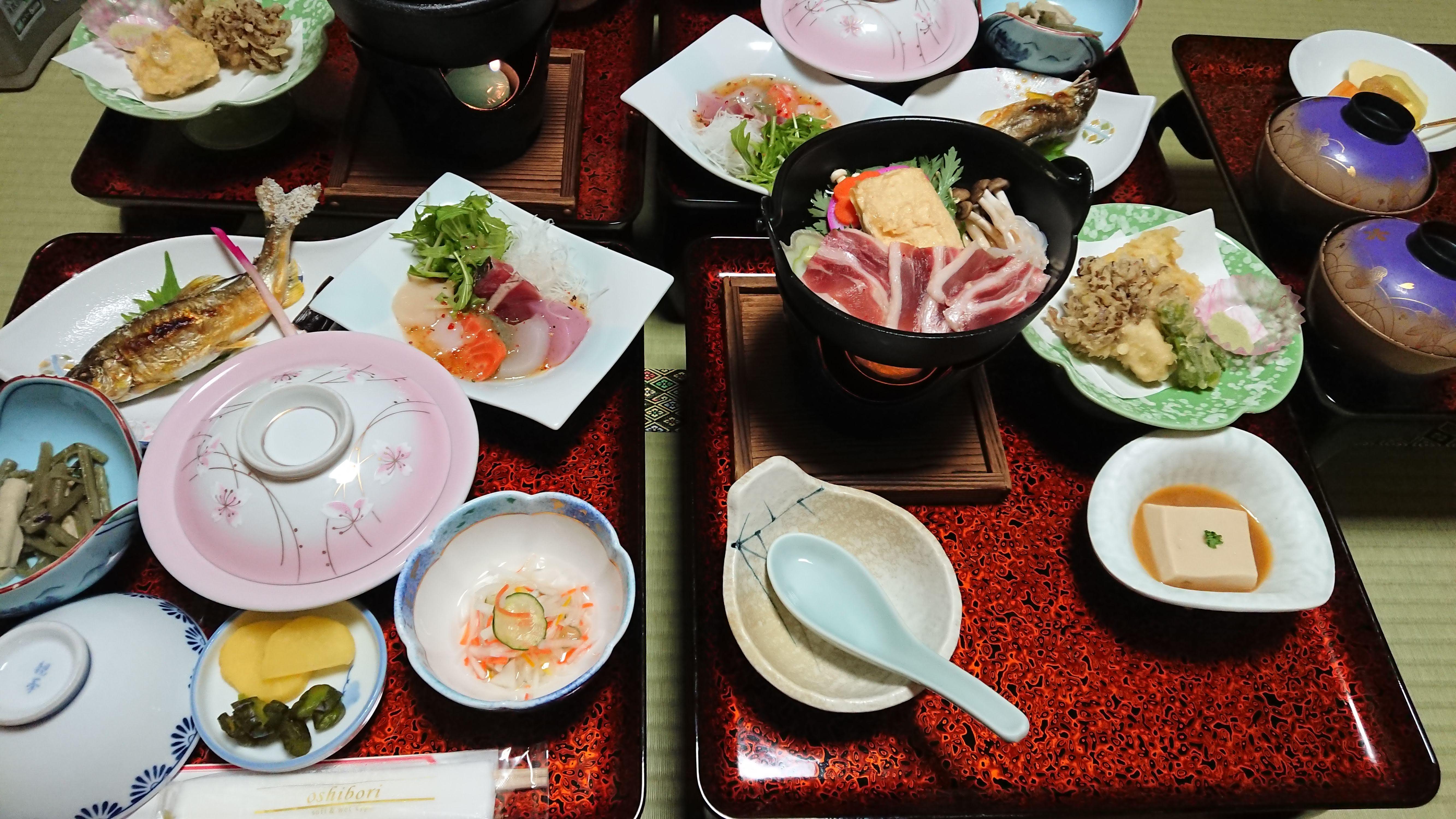湯西川温泉湯の季夕飯