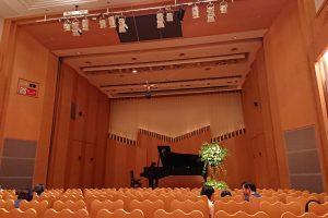 大人のピアノ発表会、緊張との向き合い方